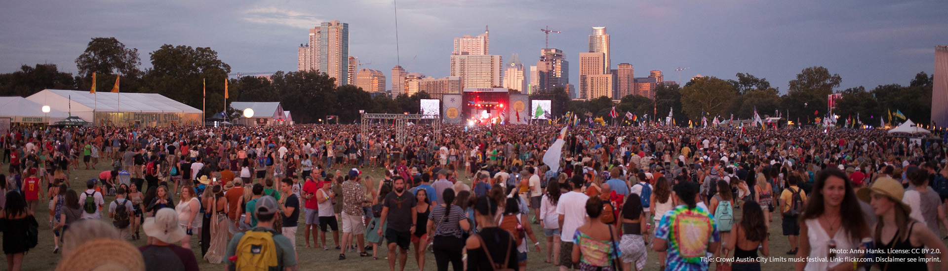 Photo: Anna Hanks. License: CC BY 2.0. Title: Crowd Austin City Limits music festival. Link: flickr.com. Disclaimer see imprint.
